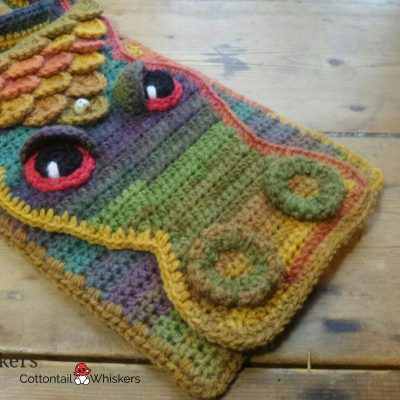 Dragon messenger crochet bag pattern by cottontail and whiskers