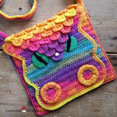 Dragon scale crochet tote bag pattern by cottontail and whiskers