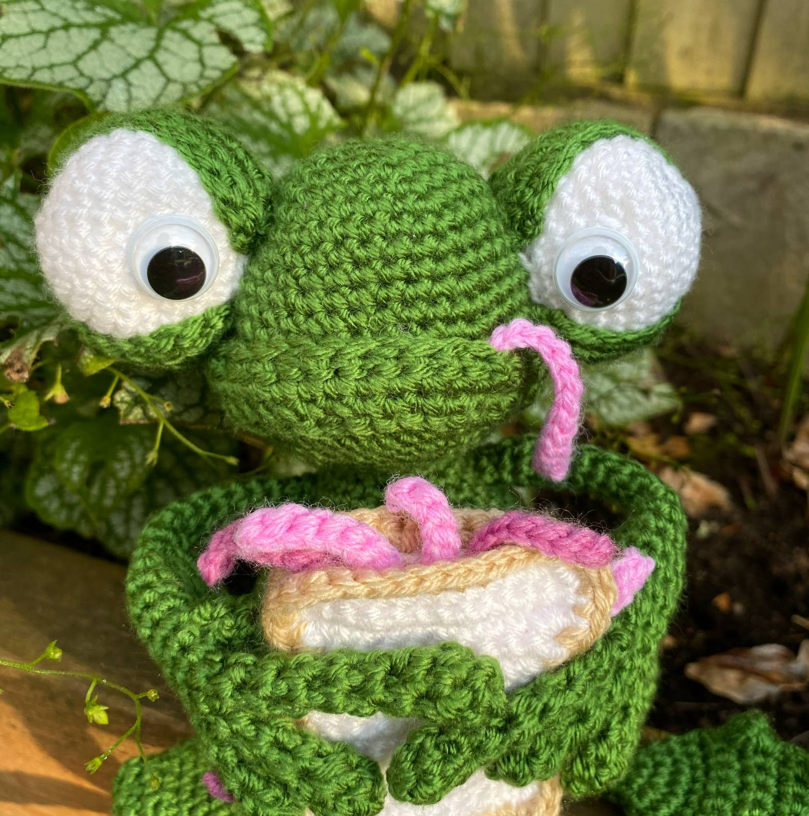 Amigurumi Frog Crochet Pattern Review by Becky Matley for Cottontail and Whiskers