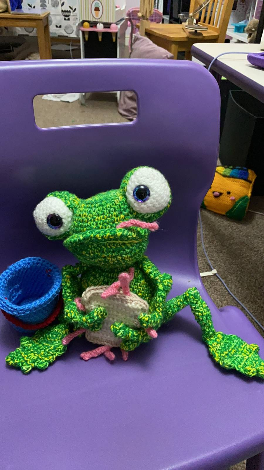 Amigurumi Frog Crochet Pattern Review by Joanne Zahler for Cottontail and Whiskers