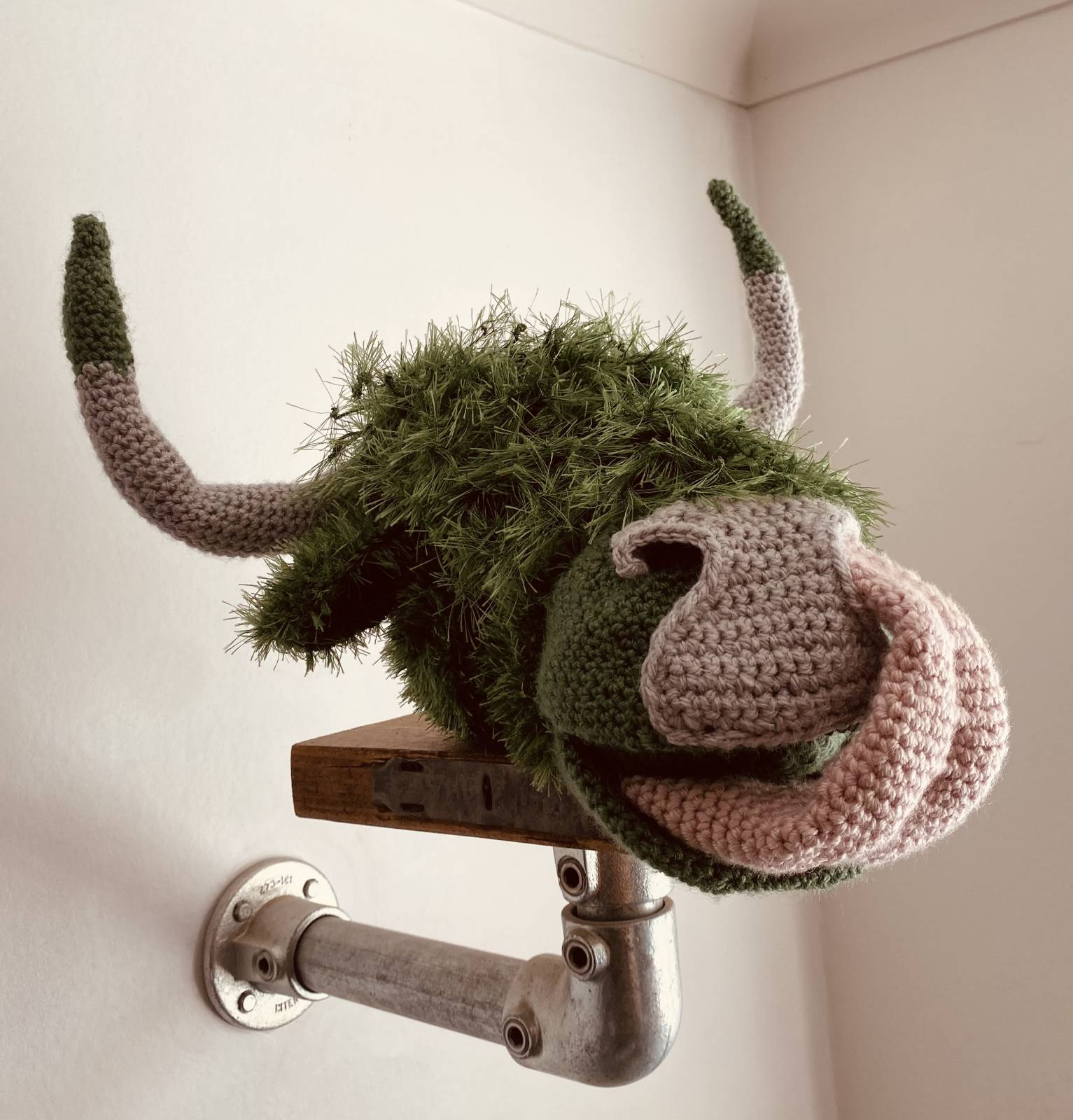 Amigurumi Highland Cow Crochet Pattern Review by Kate for Cottontail and Whiskers