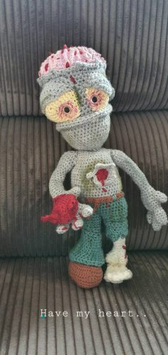 Amigurumi Zombie Crochet Pattern Review for Cottontail and Whiskers by Mirjam Zonneveld