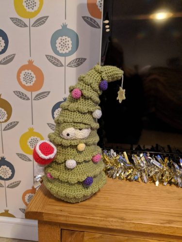 Cottontail Whiskers Christmas Crochet tree pattern crafters review by Kerry Page