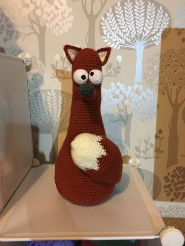 Cottontail Whiskers Crochet fox door stopper pattern crafters review by Lindsay Thomson