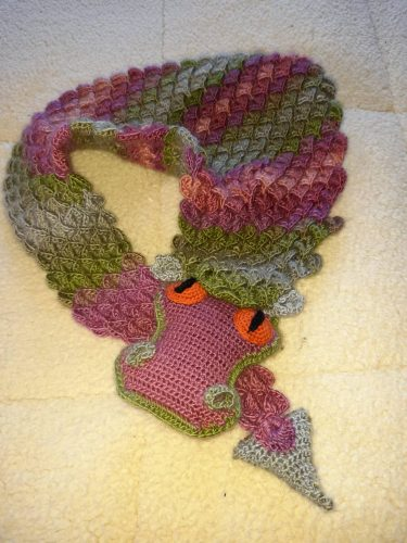Dragon Shawl Crochet Pattern Review for Cottontail & Whiskers by Neeks