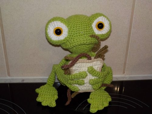 Frog Crochet Amigurumi Crafter Review by Lyn Elton-Baker for Cottontail and Whiskers